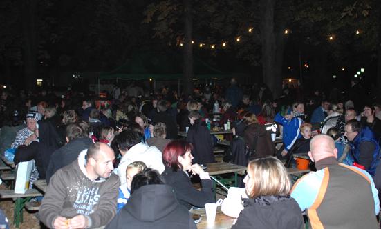 2008-10-31 Halloween-Party im Taborpark  08Hallo_DSC_0002.jpg