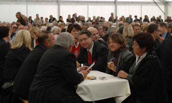 2009-10-26 Eröffnung Seniorenhaus-Guntramsdorf  09Okt26_DSC_0053.jpg