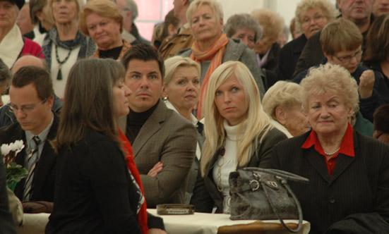 2009-10-26 Eröffnung Seniorenhaus-Guntramsdorf  09Okt26_DSC_0101.jpg
