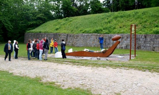 2009-05-16 Gedenkfahrt nach Mauthausen 2009  09gedenk_P5161286.jpg