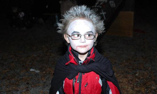 2009-10-31 Halloween-Party im Taborpark  09helloween_DSC_0035.jpg