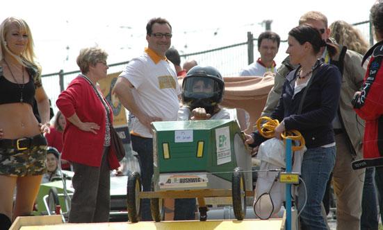 2010-04-24 Seifenkistenrennen  10seifenkisten_DSC_0017.jpg