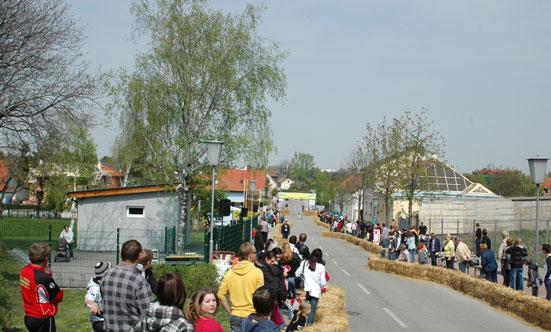 2010-04-24 Seifenkistenrennen  10seifenkisten_DSC_0022.jpg