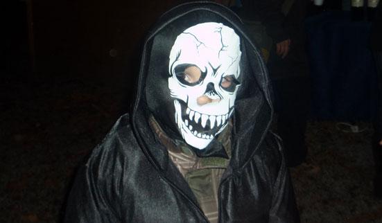 2011-10-31 Halloween-Party  11halloween_P1010213.jpg