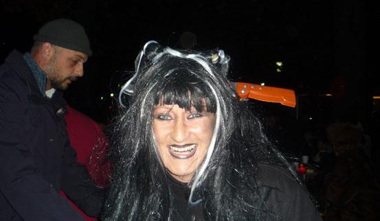 2011-10-31 Halloween-Party  11halloween_P1010244.jpg