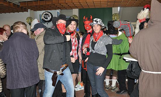 2012-02-21 Faschingdienstag im Rathaus  12fasching_183.jpg