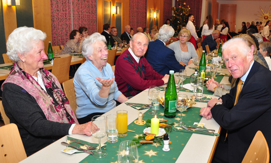 2015-12-16 Senioren-Weihnachtsfeier  15SenXmas_DSC_0003.jpg