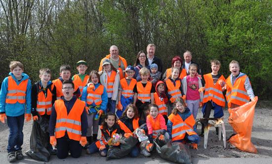 2015-04-15 Müllsammeln  15Stoplittering_VSIIDSC_0012.jpg