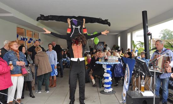 2015-09-26 Wies`n Fest zur Rathausplatz-Eröffnung  15WiesnGaudi_DSC_0131.jpg