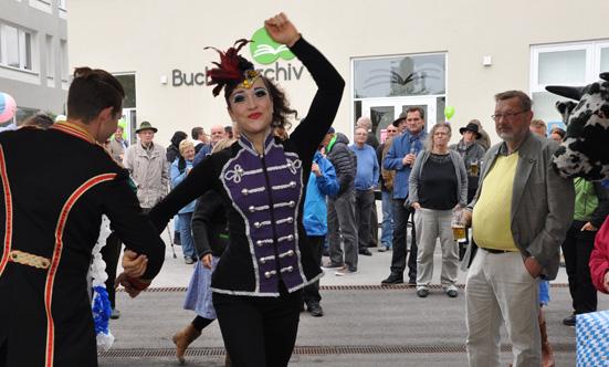 2015-09-26 Wies`n Fest zur Rathausplatz-Eröffnung  15WiesnGaudi_DSC_0166.jpg