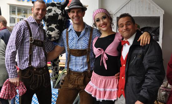 2015-09-26 Wies`n Fest zur Rathausplatz-Eröffnung  15WiesnGaudi_DSC_0190.jpg