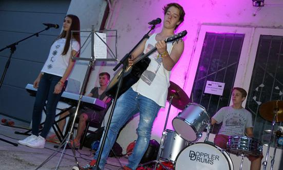 2016-09-02 Eröffnungsparty des Jugendtreffs  16Jugendtreff_DSC03987.jpg