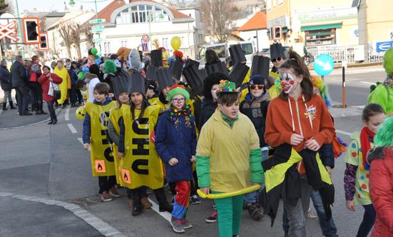 Faschingsparty beim Rathaus  17fasching_DSC_0085.jpg