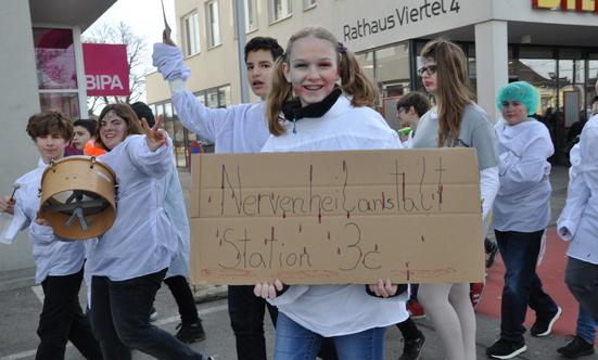 Faschingsparty beim Rathaus  17fasching_DSC_0120.jpg