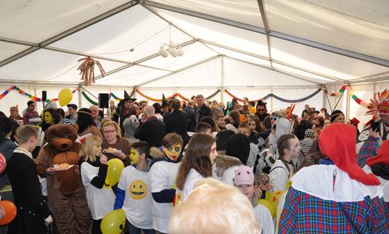 Faschingsparty beim Rathaus  17fasching_DSC_0148.jpg