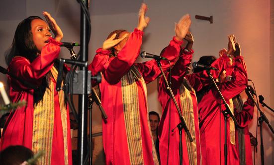 2016-12-11 Stella Jones u. Gruppe - Gospelkonzert  17gospel_DSC_0011.jpg