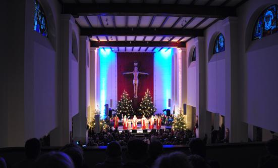 2016-12-11 Stella Jones u. Gruppe - Gospelkonzert  17gospel_DSC_0019.jpg