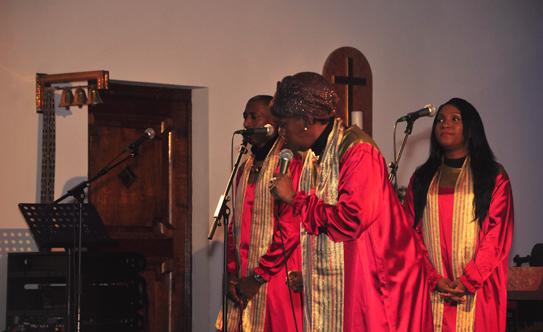 2016-12-11 Stella Jones u. Gruppe - Gospelkonzert  17gospel_DSC_0030.jpg