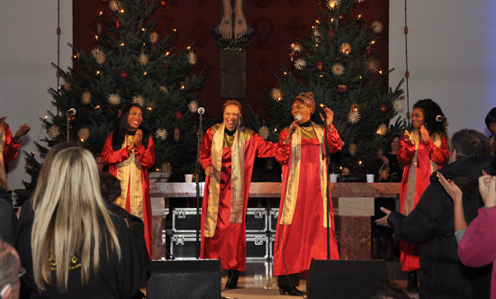 2016-12-11 Stella Jones u. Gruppe - Gospelkonzert  17gospel_DSC_0037.jpg