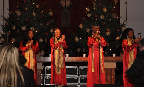 2016-12-11 Stella Jones u. Gruppe - Gospelkonzert  17gospel_DSC_0038.jpg
