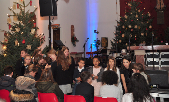 2016-12-11 Stella Jones u. Gruppe - Gospelkonzert  17gospel_DSC_0056.jpg