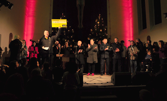 2016-12-11 Stella Jones u. Gruppe - Gospelkonzert  17gospel_DSC_0074.jpg