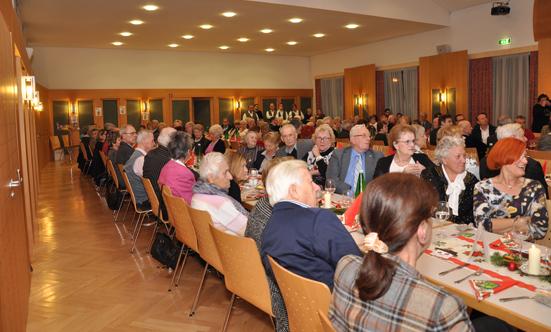 2016-12-20 Seniorenweihnachtsfeier im Musikheim  17senioren_DSC_0024.jpg