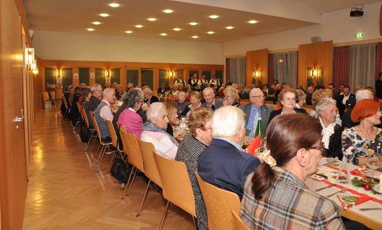 2016-12-20 Seniorenweihnachtsfeier im Musikheim  17senioren_DSC_0025.jpg