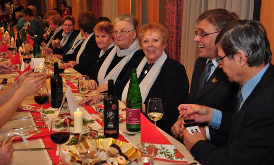 2016-12-20 Seniorenweihnachtsfeier im Musikheim  17senioren_DSC_0063.jpg
